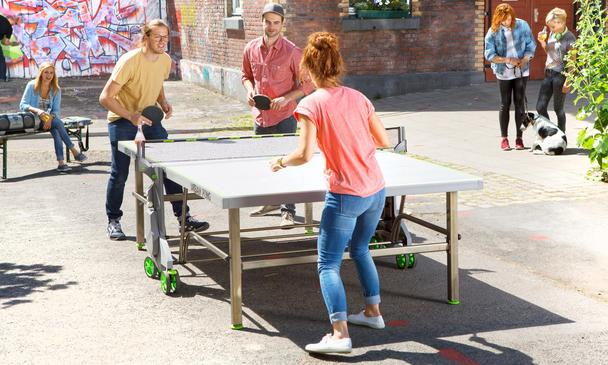 Kettler Urban Pong Outdoor Table Tennis Table: Discontinued